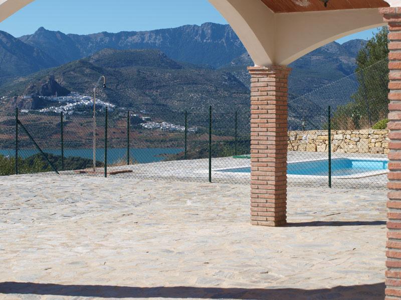 7-porche-piscina-vistas