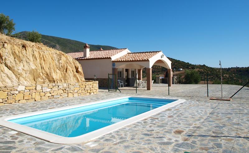 piscina-chalet-barbacoa